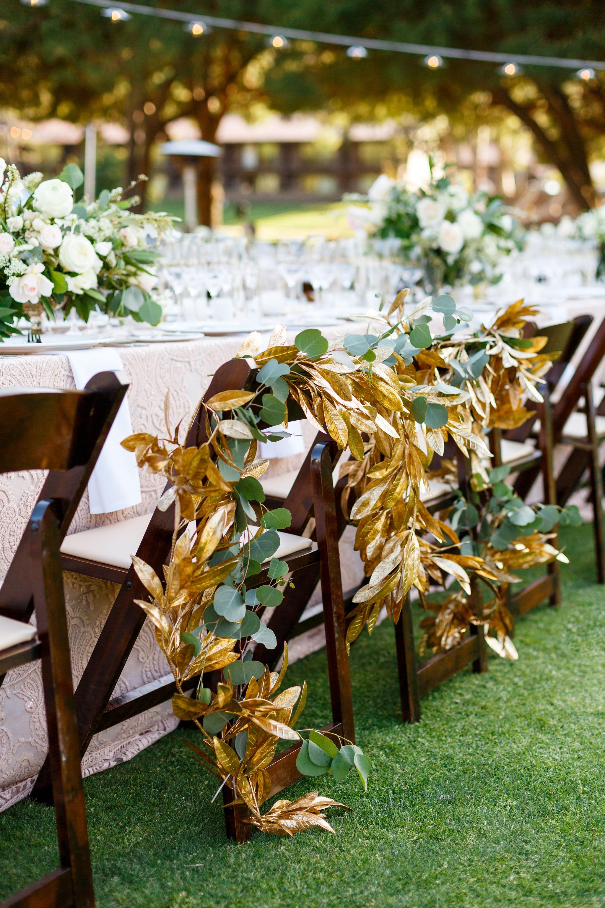 Gorgeous gold leaf garland at Laguna Beach wedding